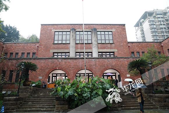 """这57位艺术家本身就是一部部川美校史 四川美术学院名师博物馆推出盛大""""开馆展"""""""